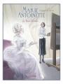Couverture Marie-Antoinette : La reine fantôme Editions Dargaud 2011