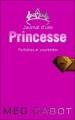 Couverture Journal d'une princesse / Journal de Mia : Princesse malgré elle, tome 04 : Une princesse dans son palais / Paillettes et courbettes Editions Hachette (Planète filles) 2008