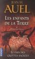 Couverture Les Enfants de la Terre (pocket), tome 6, partie 2 : Le Pays des grottes sacrées Editions Pocket 2012