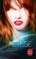 Couverture Une aventure de Sabina Kane, tome 1 : Métisse Editions Le Livre de Poche (Orbit) 2012