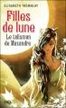 Couverture Filles de lune, tome 3 : Le talisman de Maxandre Editions Pocket (Jeunesse) 2012