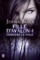 Couverture Fille d'Avalon, tome 1 : Derrière le voile Editions J'ai Lu 2013