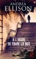 Couverture À l'heure où tombe la nuit Editions Harlequin (Mira) 2012