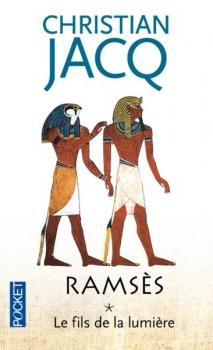 Couverture Ramsès, tome 1 : Le Fils de la lumière